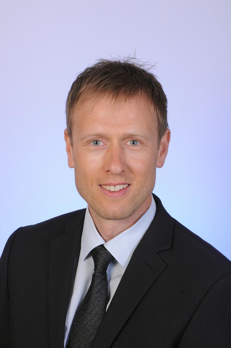 Dr. Müller-Leddin